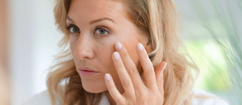 Want to Beat the Signs of Premature Aging? Top Tips to Look Naturally Younger