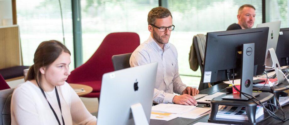 4 Simple Yet Effective Ways to Increase Employee Productivity
